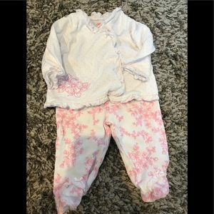 Baby girl top and pants set